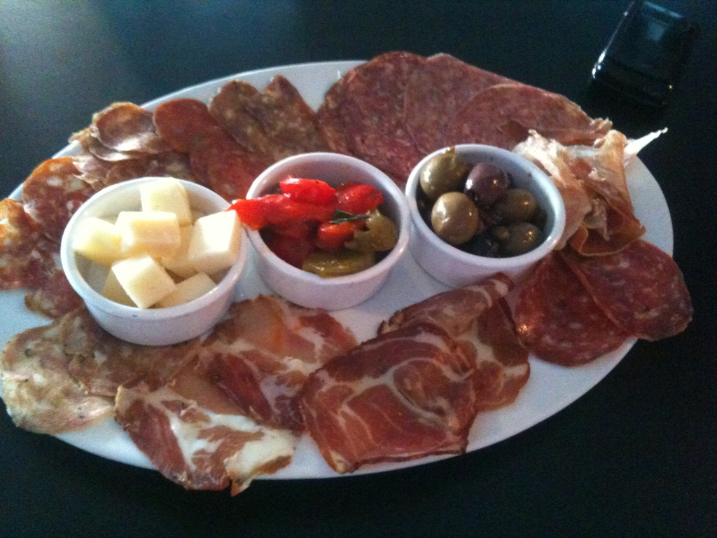THE ITALIAN PLATTER WITH IMPORTED CHEESES & DRY SAUGAGES